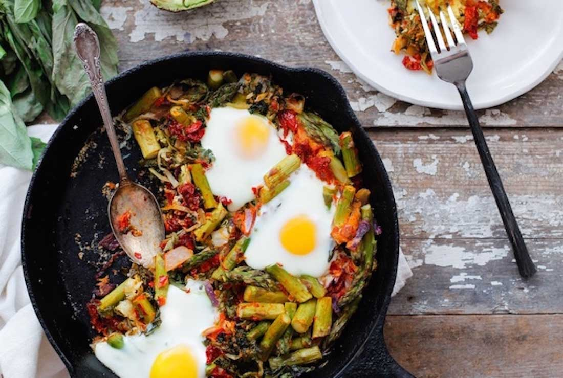 recipes-to-improve-heart-health-aked-Egg-with-Garlic-Kale-and-Sun-Dried-Tomatoes