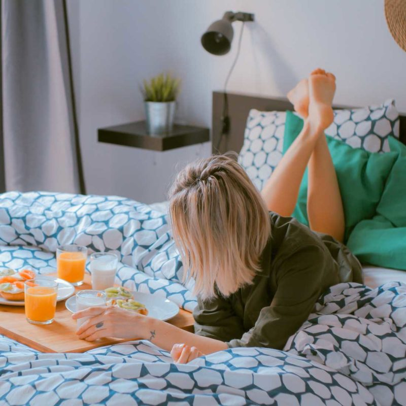 How to Create a Morning Ritual: 9 Things to Do Every Day